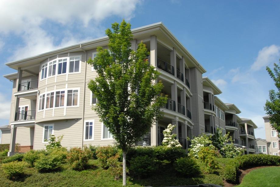 Promenade Condominiums 4
